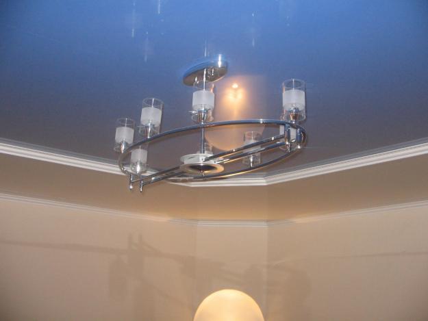 светопропускающие натяжные потолки