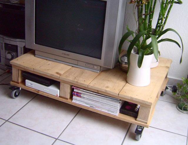 Как сделать столик под телевизор своими руками фото
